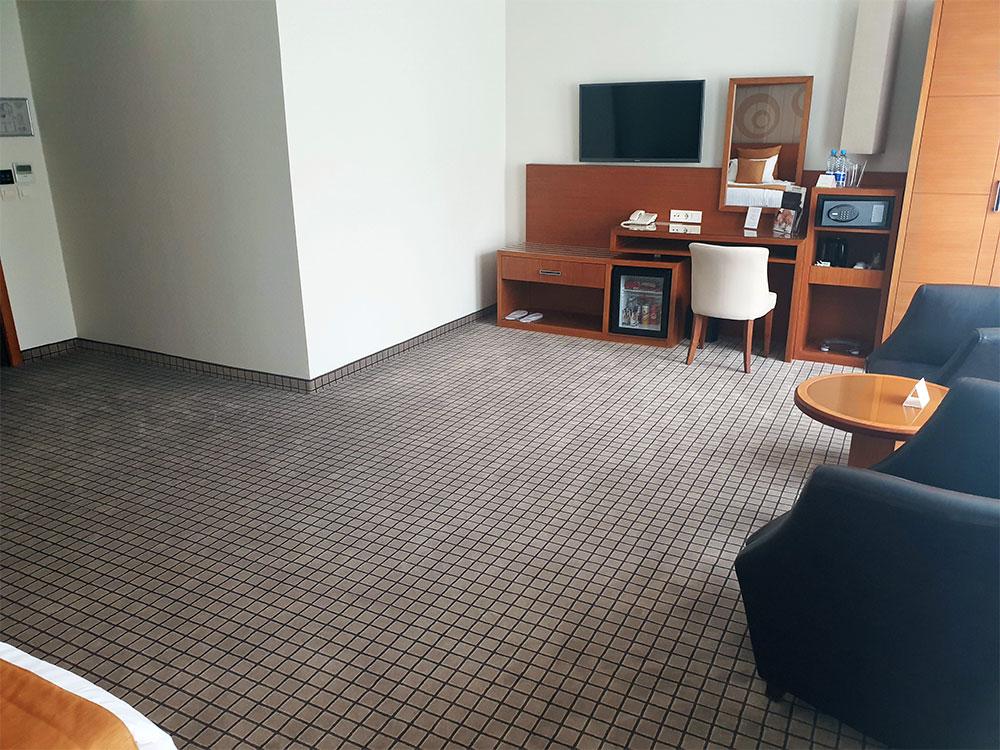 Хотел Ландмарк